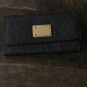 Michael Kors Tri-fold Wallet. Gently used.